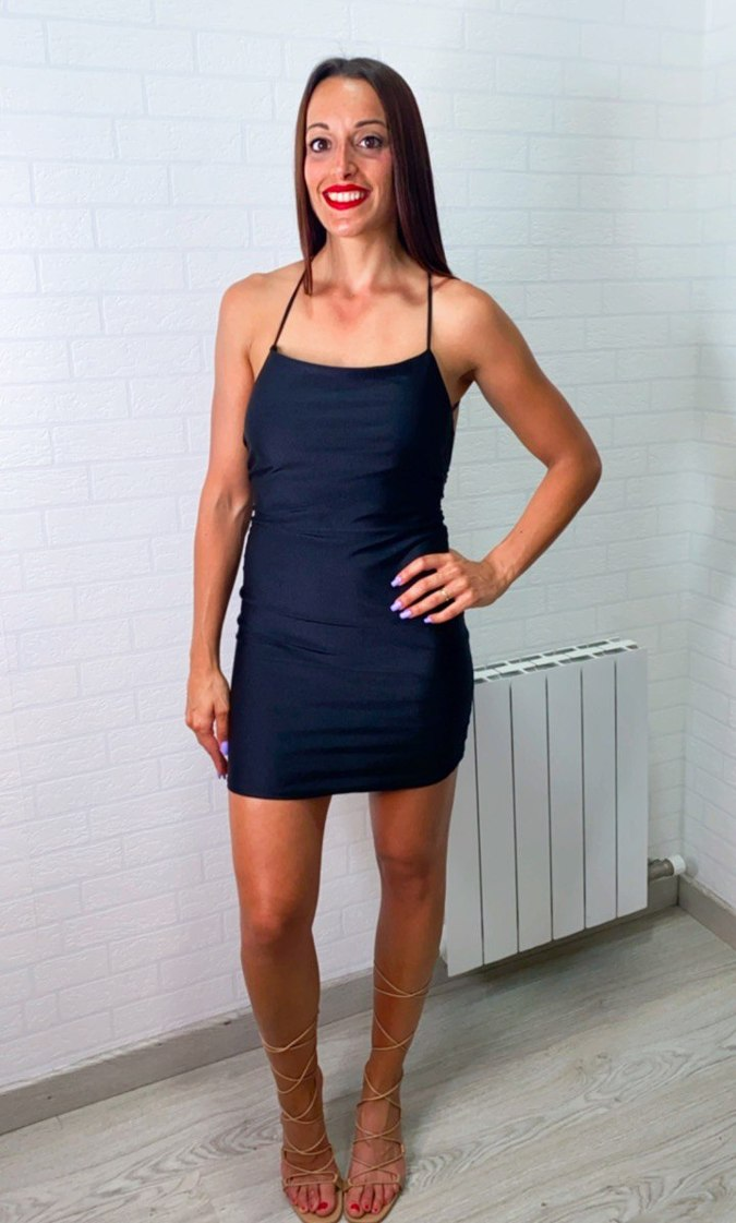 Vestido mini espalda cruzada