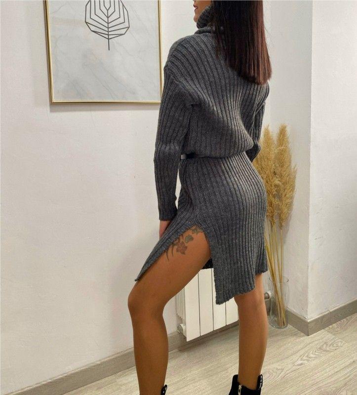 Vestido tricot cuello cisne
